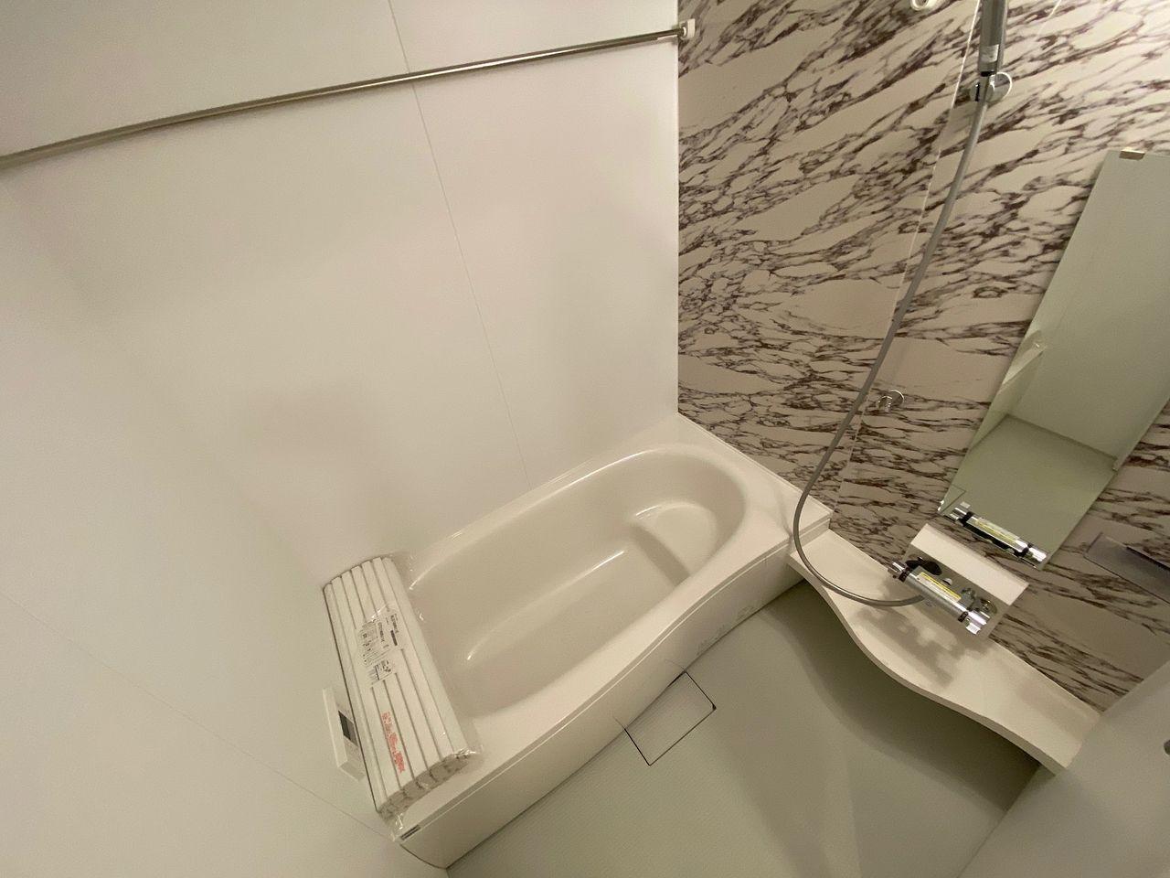 浴室乾燥機、給湯追焚き機能付きです