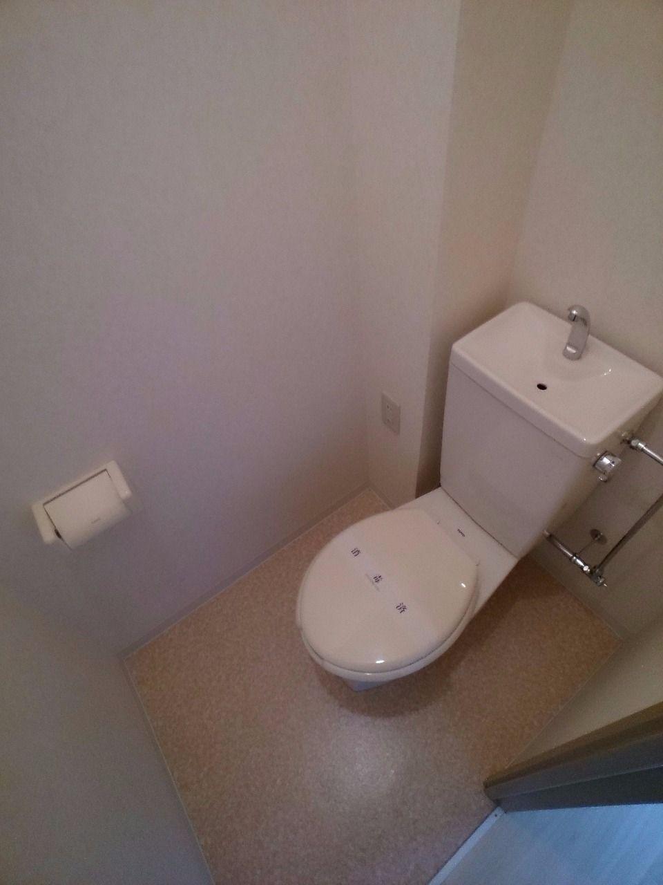 清潔感のあるトイレ ウォシュレット設置可能です