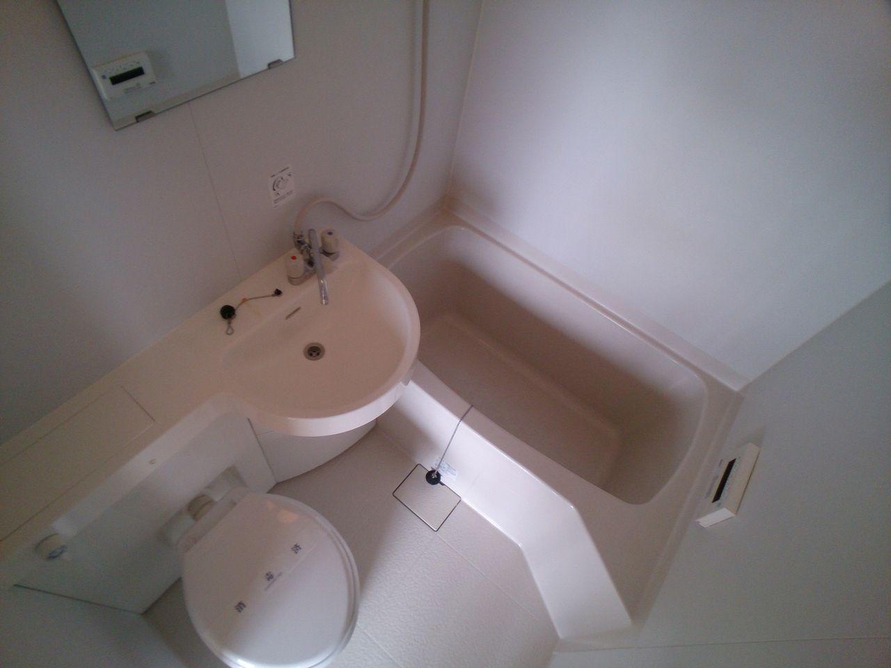 5年前くらいに交換しており、まだまだ綺麗な浴室です