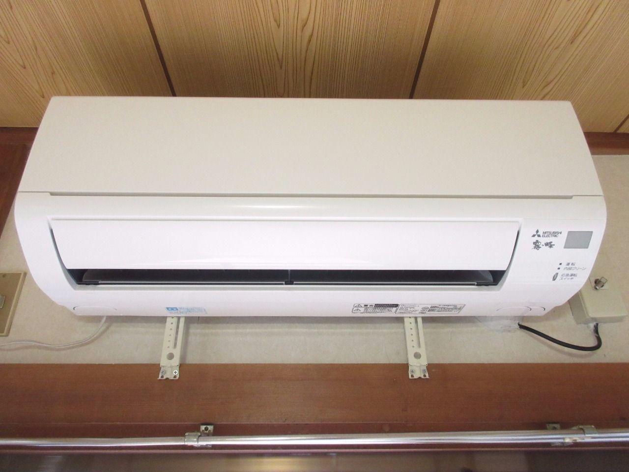 快適な空間を創るエアコンを標準装備(2016年三菱電機製)