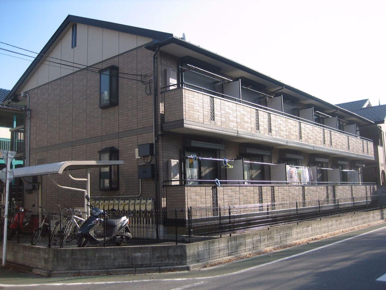 みなさまこんにちは。 板橋区高島平の賃貸アパート【フェアーグランド107号室】を藤ホーム地所株式会社の遠藤がご紹介いたします。