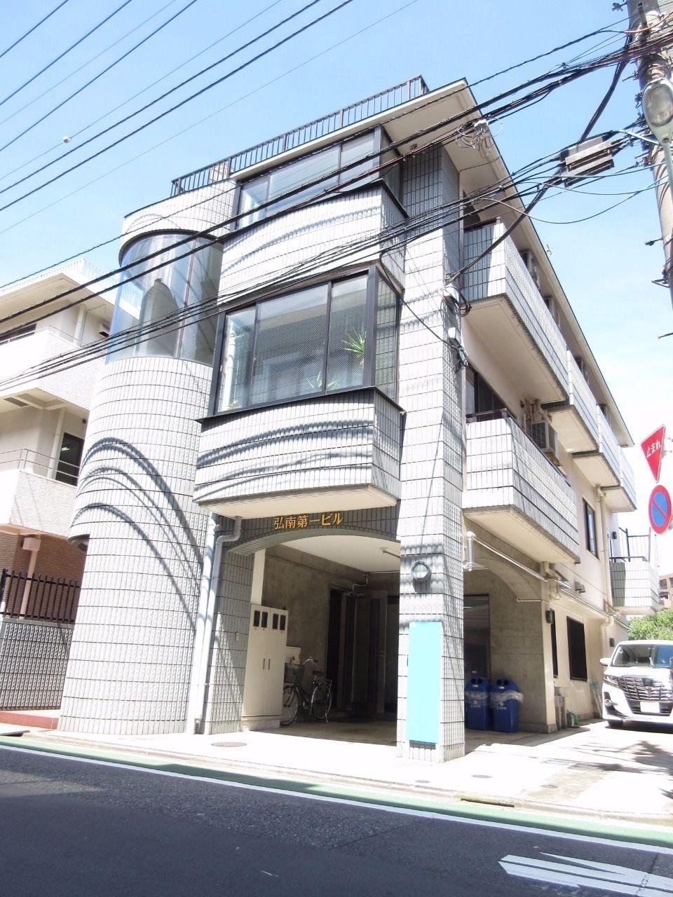 【板橋区高島平の賃貸アパート】~シックにまとめました・弘南第一ビル302号室・1K~