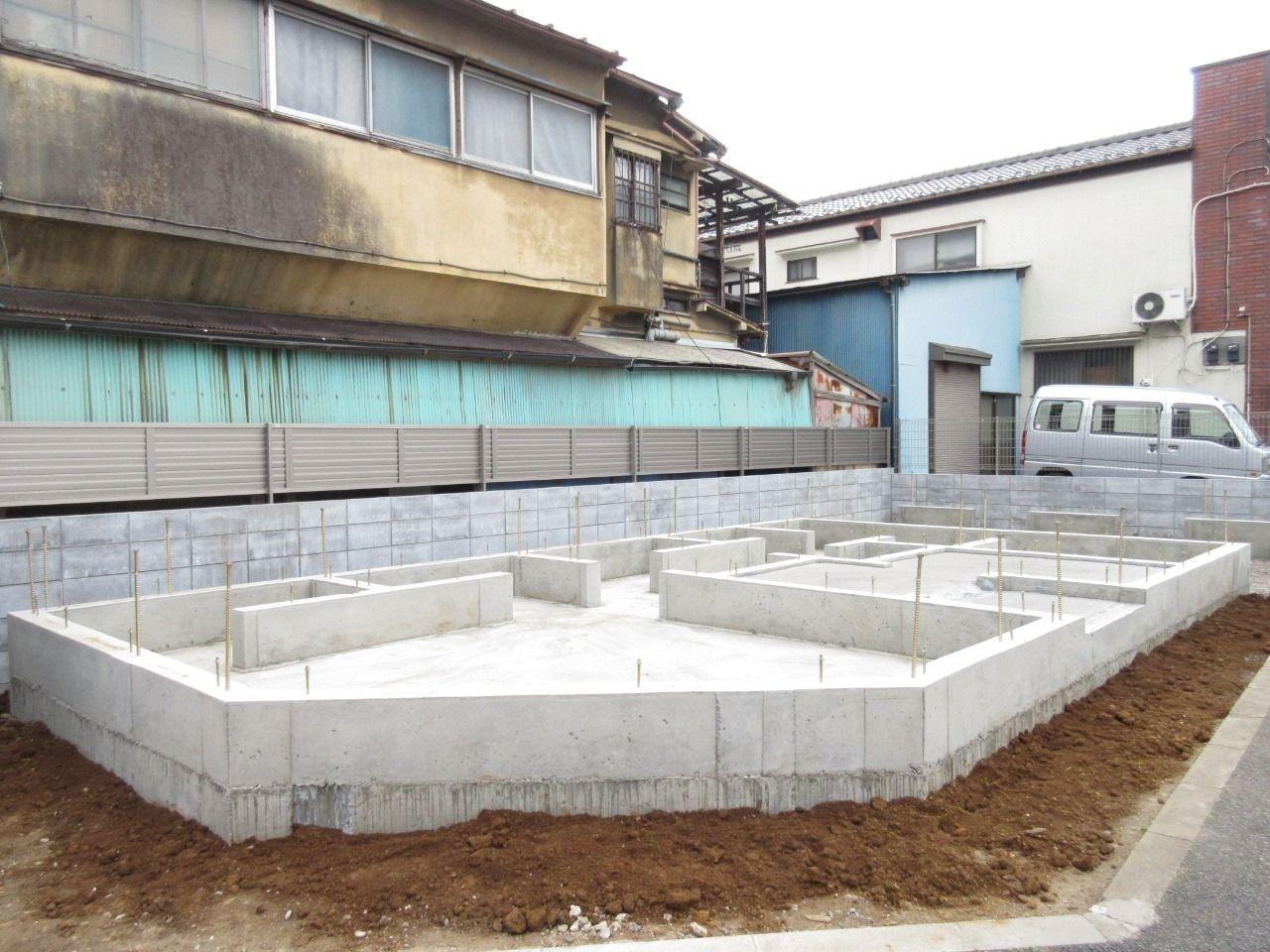 基礎のコンクリート打設が完了しました。