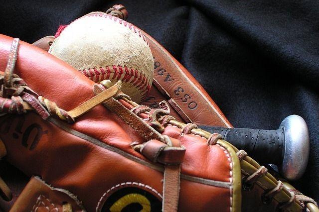 みなさまこんにちは。 元プロ野球選手に野球を教えてもらえるチャンスです。