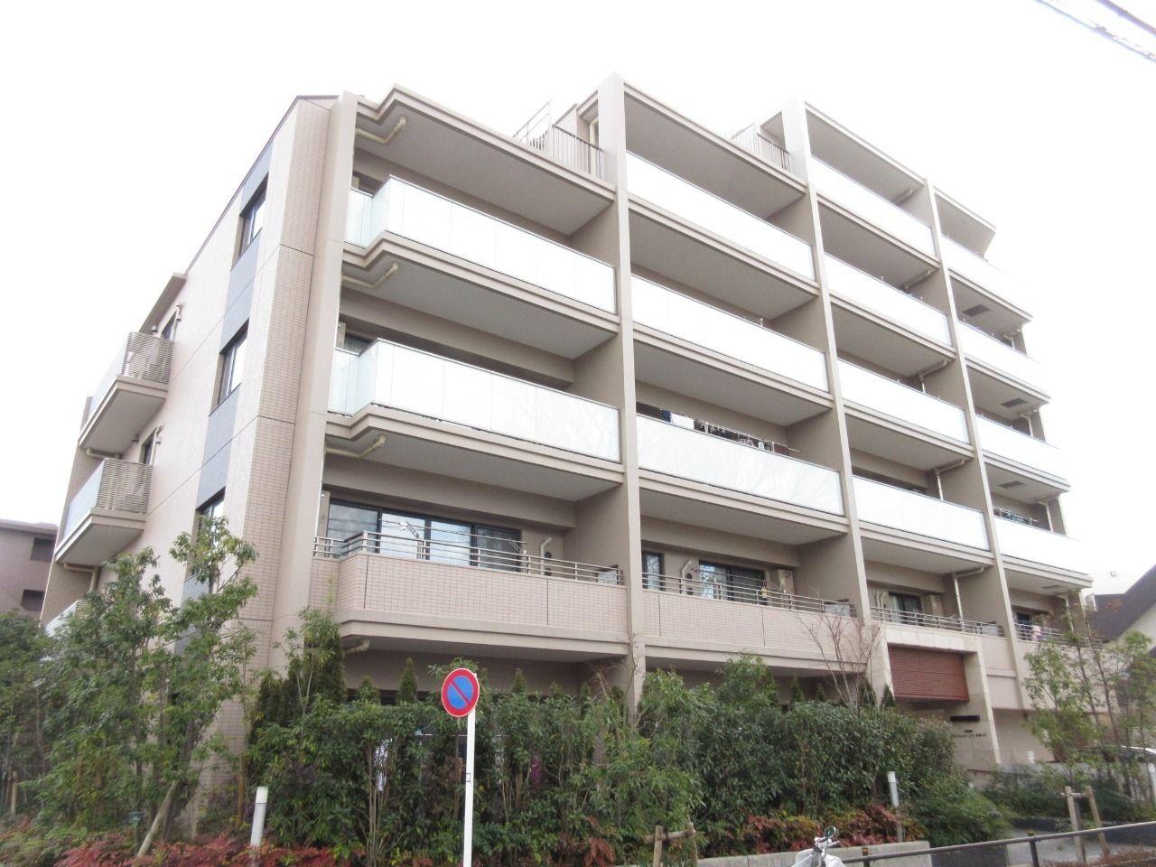 みなさまこんにちは。 板橋区大門の分譲賃貸マンション【エクセレントシティ板橋大門203号室】。 上質な邸宅とは、まさにココです。 募集条件を変更したのでお知らせします。