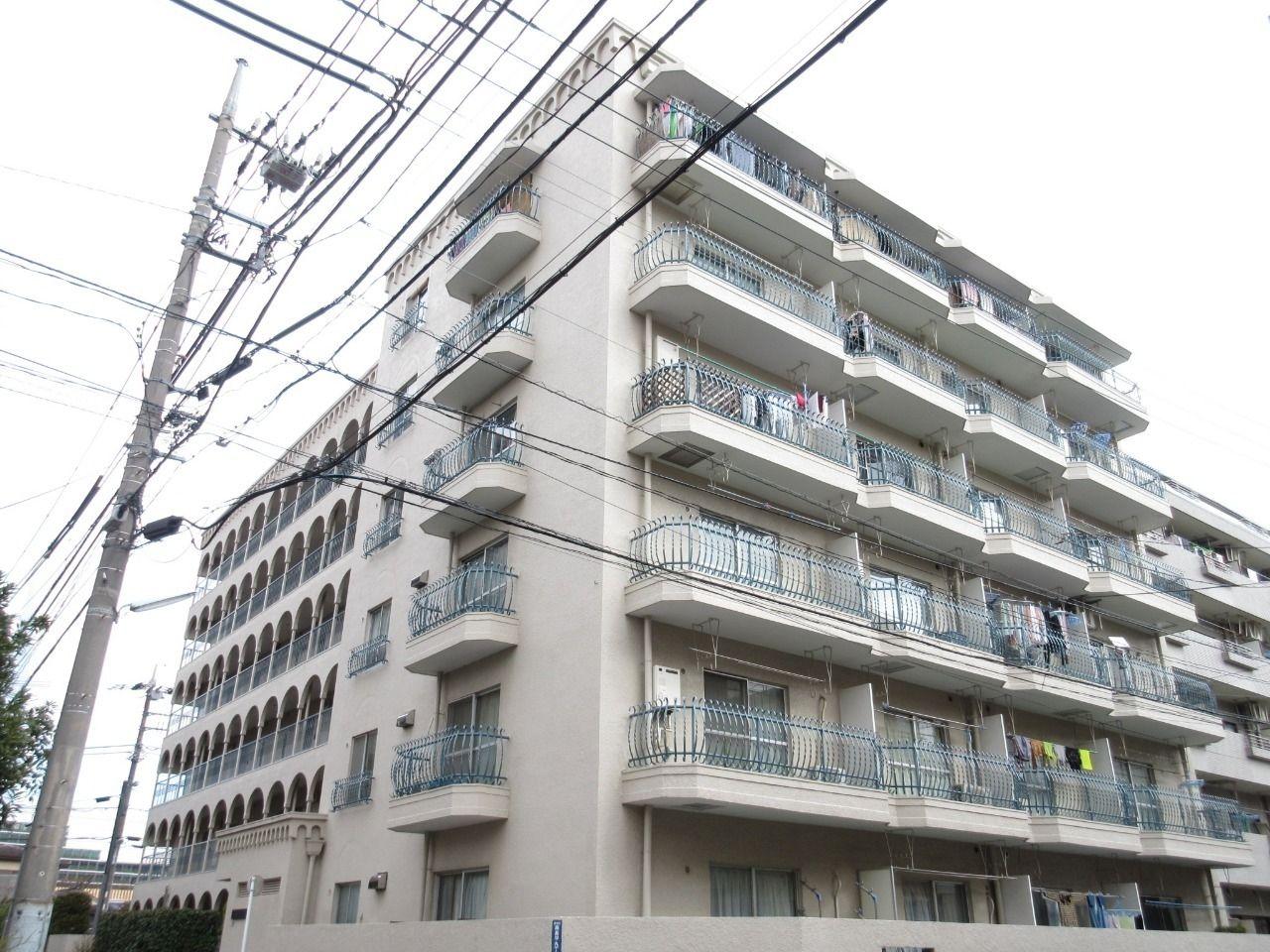 みなさまこんにちは。 板橋区高島平の分譲賃貸マンション【集成第二マンション 306号室】を藤ホーム地所株式会社の遠藤がご紹介いたします。